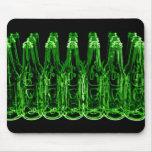 Botellas de cerveza de neón alfombrilla de raton