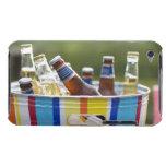 Botellas de cerveza en cubo de hielo iPod touch fundas