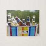 Botellas de cerveza en cubo de hielo puzzles con fotos