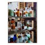 Botellas de sustancias químicas felicitacion