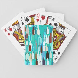 Botellas de vino, colores multi, fondo de la baraja de cartas