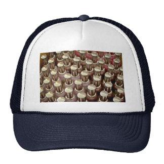 Botellas del esmalte de uñas gorras