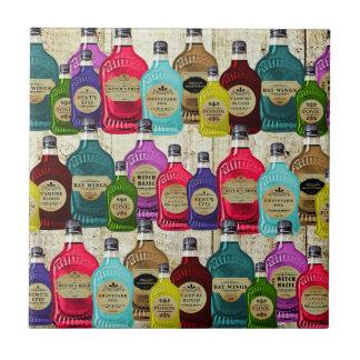 Botellas del tónico del boticario de la poción mág azulejo cuadrado pequeño