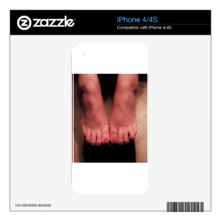 BOTH FEET SKIN FOR THE iPhone 4S