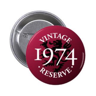 Botón 1974 de Pinback de la reserva del vintage Pins