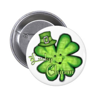 Botón afortunado irlandés del trébol del día de St