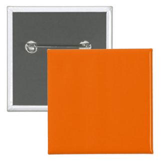 Botón anaranjado Pinback del cuadrado del color