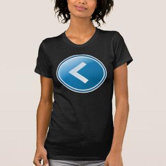 Botón azul de la flecha - dejado camiseta