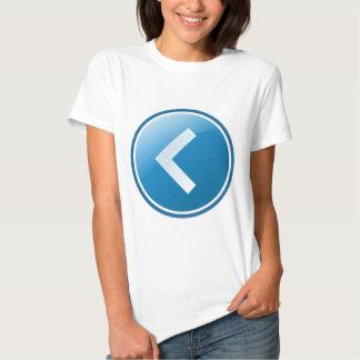 Botón azul de la flecha - dejado remera