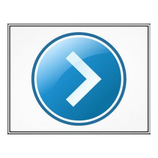 "Botón azul de la flecha - derecho folleto 8.5"" x 11"""