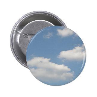 Botón blanco mullido de las nubes de cúmulo