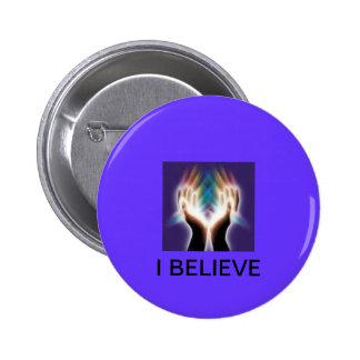 Botón con verso religioso
