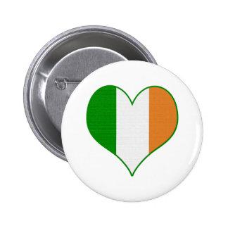 Botón de la bandera de la grieta del corazón pins