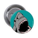 Botón de la mordedura del tiburón pin