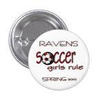 Botón de la regla de los chicas del fútbol pins