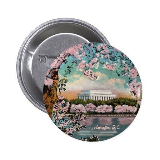 Botón de las flores de cerezo pin
