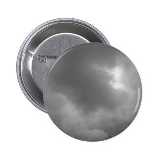 Botón de las nubes de tormenta pin