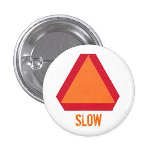 Botón de movimiento lento del vehículo pin