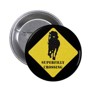 Botón de Raquel Alexandra - travesía de Superfilly Pins