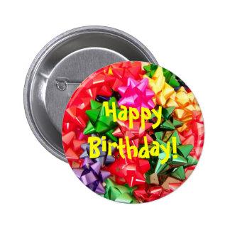 Botón del arco del regalo del feliz cumpleaños pins