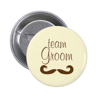 Botón del bigote del novio del equipo pins