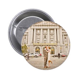 Botón del boda de Lesley y de Ali Pins