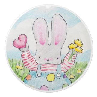 Botón del conejito del amor pomo de cerámica