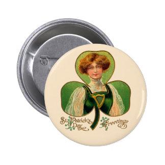 Botón del día de St Patrick irlandés de la muchach Pins