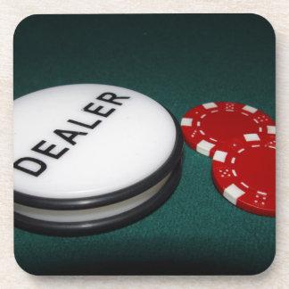 Botón del distribuidor autorizado del póker posavasos de bebida