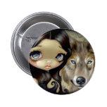 "Botón ""del lobo observado plata"" pins"