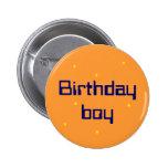 Botón del muchacho del cumpleaños pin
