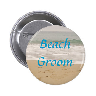 Botón del novio de la playa:  Versión de la marea  Pin Redondo De 2 Pulgadas