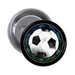Botón del verde azul del emblema del fútbol pin