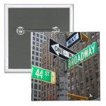 Botón encuadernado de Broadway Pin