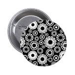 Botón floral blanco y negro pins
