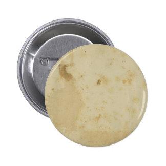 Botón manchado antigüedad en blanco de la ronda de pin