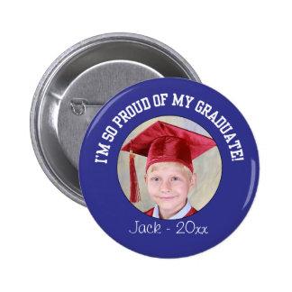 Botón orgulloso de la graduación - azul