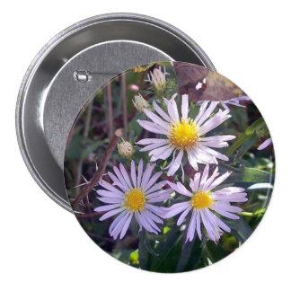 Botón púrpura salvaje de las tarimas pin
