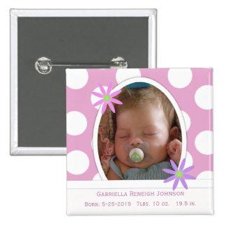 Botón recién nacido de la invitación del bebé pin