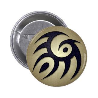 Botón redondo del alcohol tribal pin