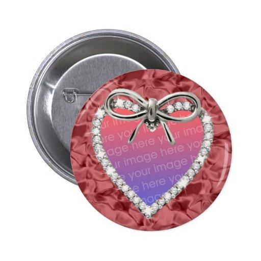 Botón redondo rojo del marco del corazón del diama