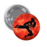 Botón rojo del hombre del relámpago pin