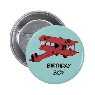 botón rojo del perno del muchacho del cumpleaños d pin redondo de 2 pulgadas