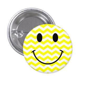 Botón sonriente de la cara del zigzag amarillo y b pin redondo de 1 pulgada