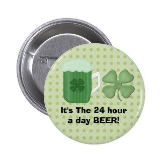Botón verde de la cerveza pins