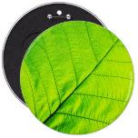 Botón verde macro de la hoja pin