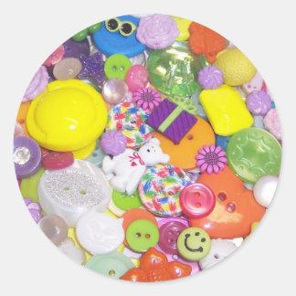 Botones brillantemente coloreados pegatina redonda