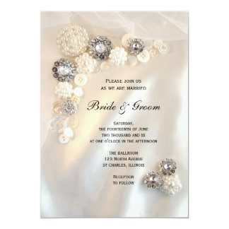 Botones de la perla y del diamante que casan la invitación 12,7 x 17,8 cm