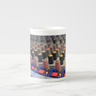 Botones de mezcla del tablero taza de porcelana