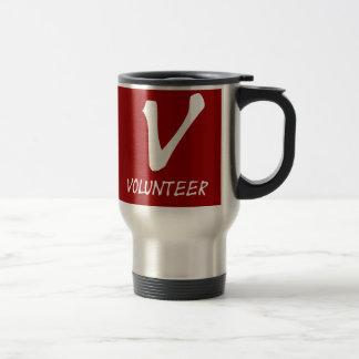 Botones voluntarios del camiseta, voluntarios y taza térmica